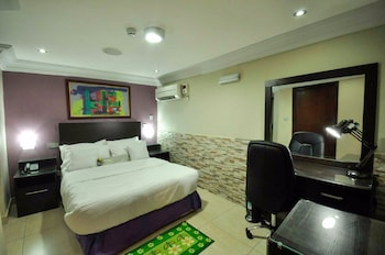 Jeromes Garden And Suites in Lagos