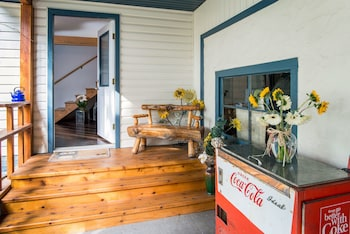 Photo for The Acorn Guesthouse in Balfour, British Columbia