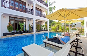 Photo for Trendy life villa in Hoi An