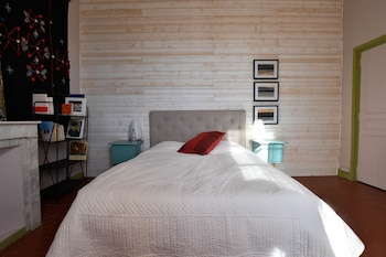tarifs reservation hotels Hugo - Les Maisons de Vincent