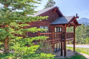 D6 Estes Park condo rentals near Rocky Mountain National Park by RedAw