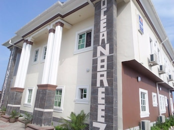 Ocean Breez Suites in Lagos (and vicinity)