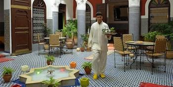 塔菲拉勒特庭院飯店