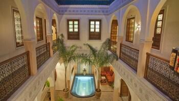阿布爾布魯庭院飯店