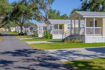 Red Oaks RV Resort in Leesburg, Florida