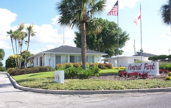 Photo for Central Park RV Park in Haines City, Florida