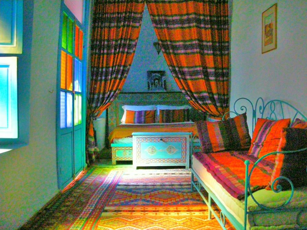 Riad Osefina