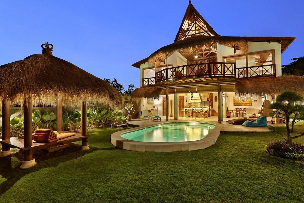 Breezy Point Villas Bali Price Address Reviews