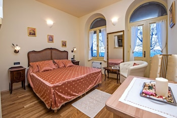 安提卡波塔蘇馬開放式公寓飯店