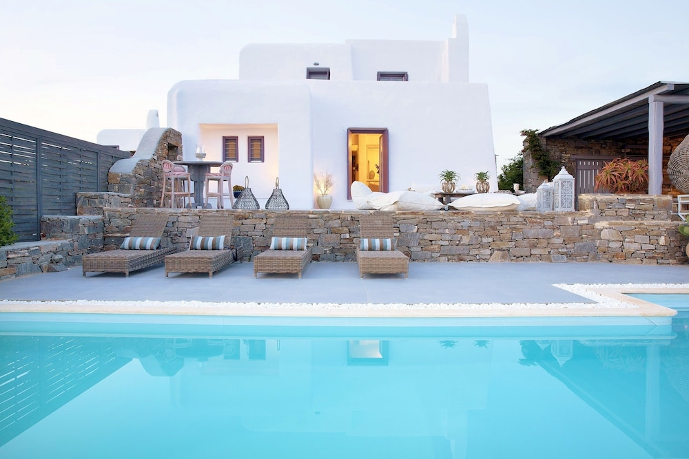 Alfa Luxury Villas