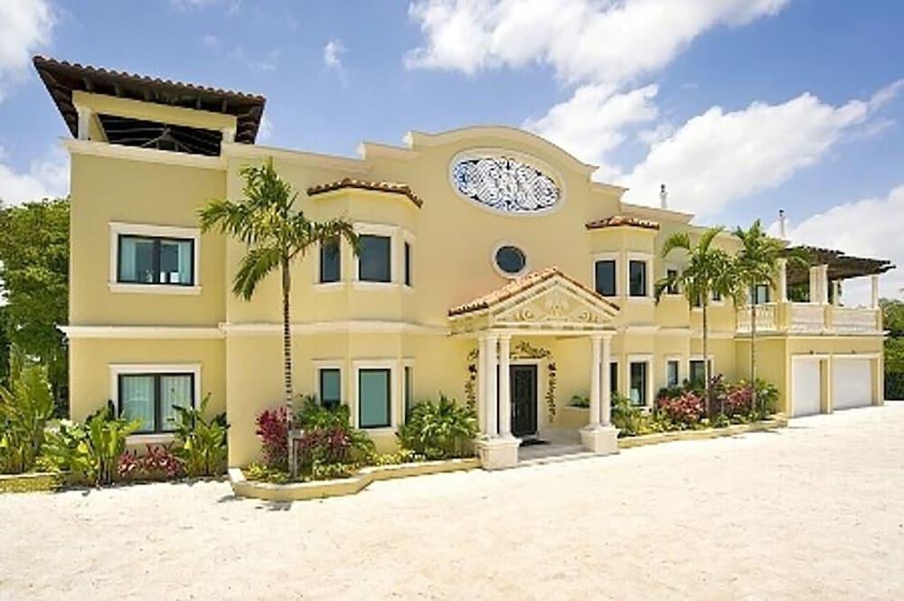 9 Bedroom Homes in Miami by TMG