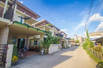 普吉機場住宅飯店