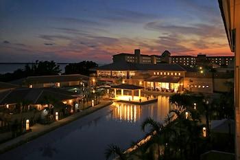 石垣島格蘭德維裡奧別墅花園渡假村 - 露櫻飯店