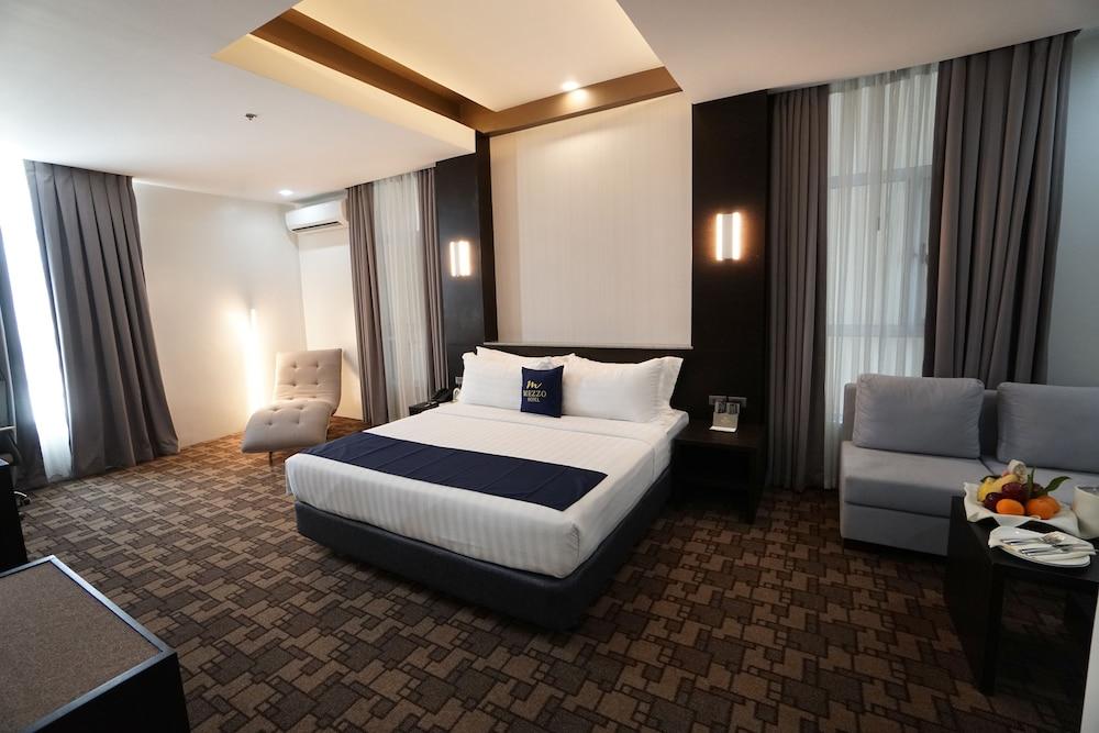 Mezzo Hotel