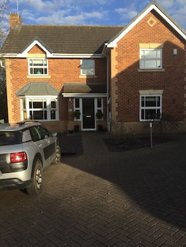 Private sale: save 5% Buttercup House Bed and Breakfast Stockton-on-Tees