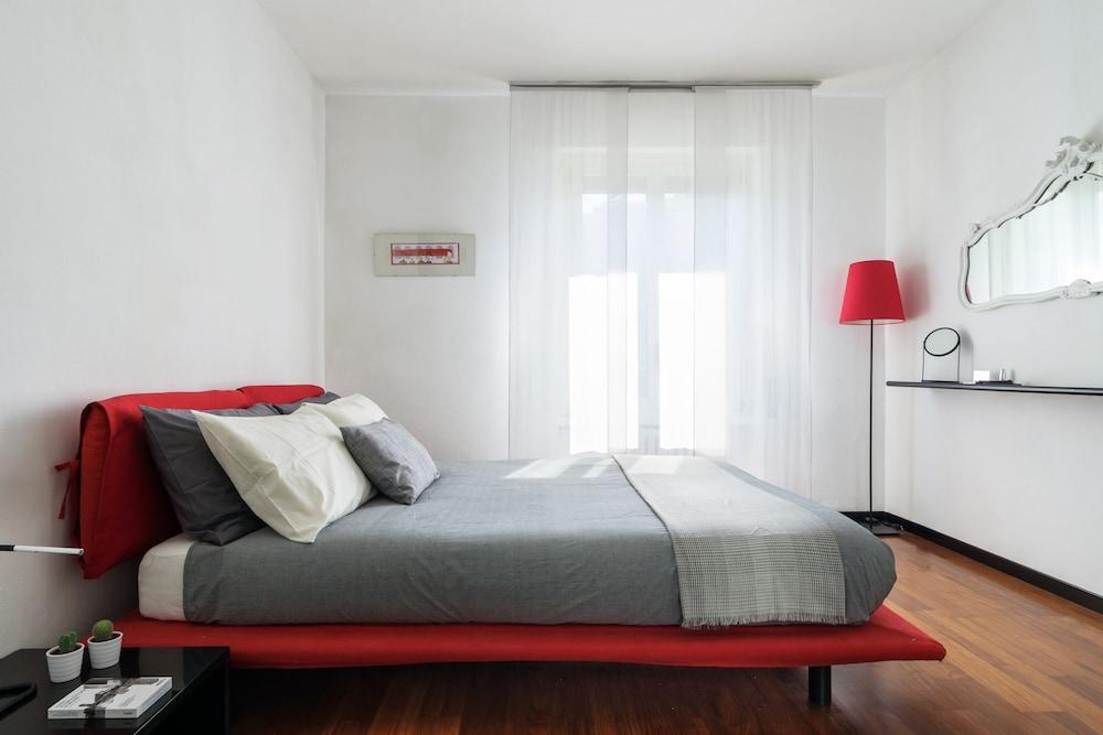 Home at Hotel - Alcuino