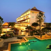 H2 華欣旅居飯店