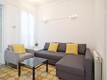 Gaudi Eixample Apartment