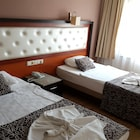 Kleopatra Togan Suit Hotel