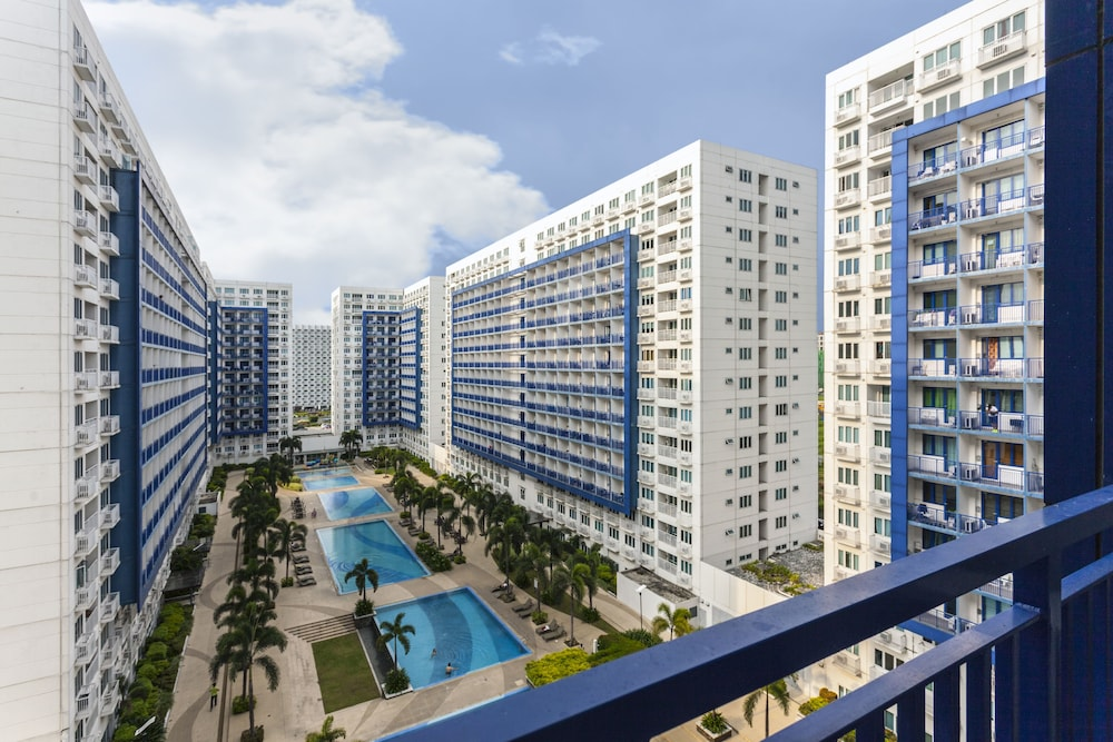 StayHome Asia @ Sea Residences