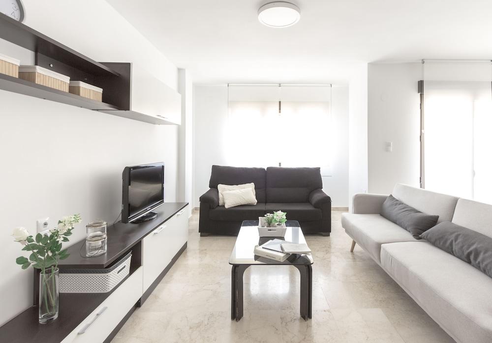 SurTrip Apartamentos - San Antón