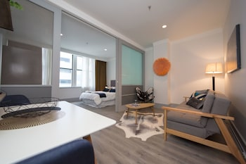 Private sale: save 10% Central One Bedroom Apartment Auckland (Western Australia 697790 3.5) photo