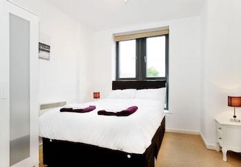 Amisha Apartments