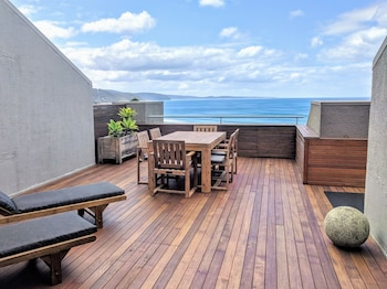 Lorne Beachfront Accommodation (699211) photo