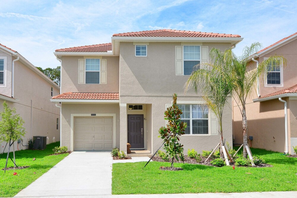 Paradise Palms by Resort Homes Florida