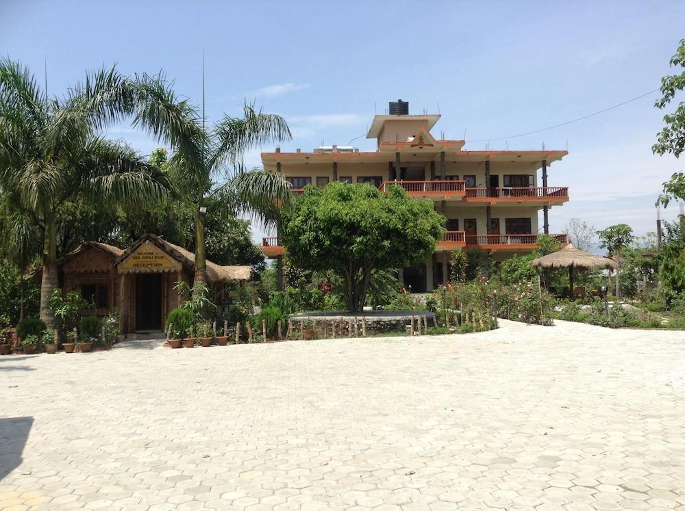 Eden Jungle Resort, Sauraha @INR 1702 OFF ( ̶2̶0̶5̶0̶ ) 𝐇𝐃
