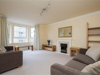 Luxury Central Edinburgh Apartment