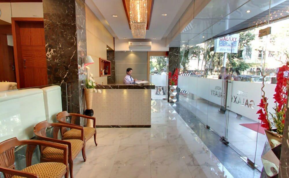 ZUZU Galaxy Annex Hotel