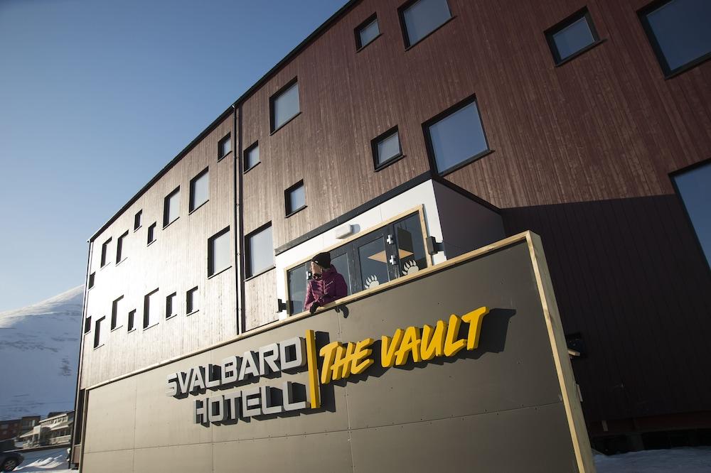 Svalbard Hotell The Vault