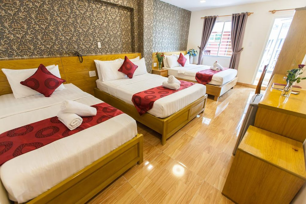 Ailen Garden II Hotel