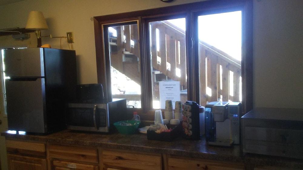 Ragged Butte Inn