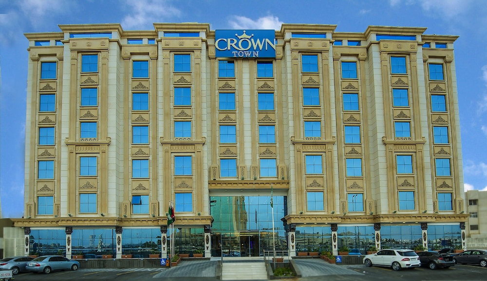 Crown Town Hotel