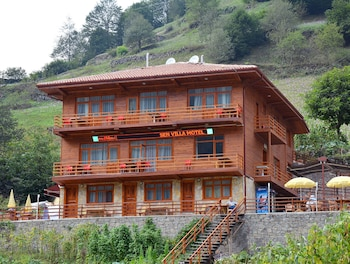 Sen Villa Motel