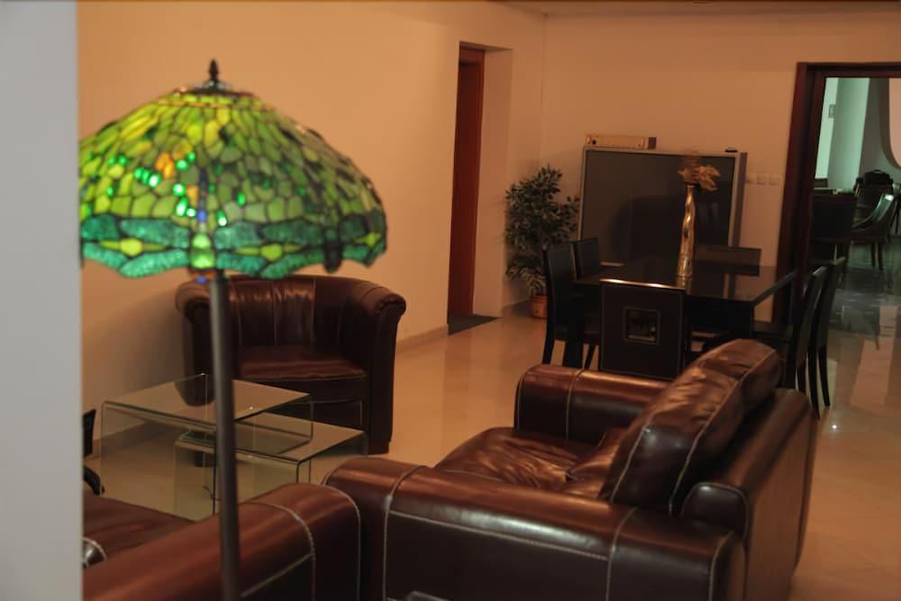 Cingo Hotel