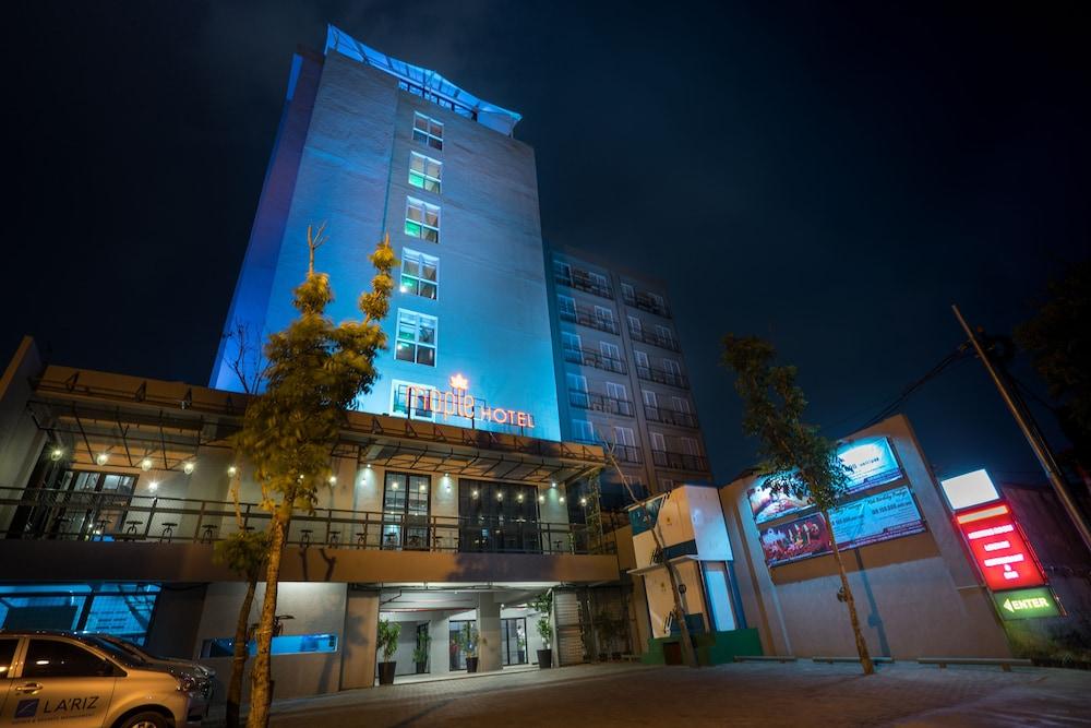 Maple Hotel Grogol Jakarta Price Address Reviews