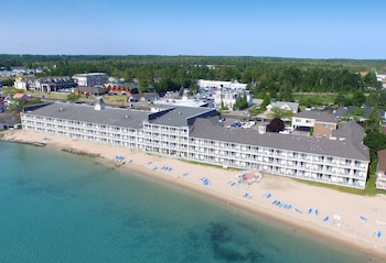 Hamilton Inn Select Beachfront (221807) photo