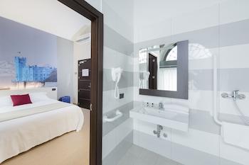 B&B Hotel Trieste - Bathroom  - #0