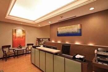 Bellevue Hotel Alabang Business Center