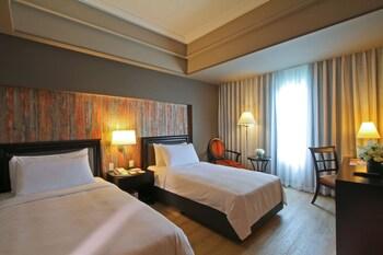 Bellevue Hotel Alabang Guestroom