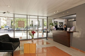 tarifs reservation hotels Séjours et Affaires Aix en Provence Mirabeau