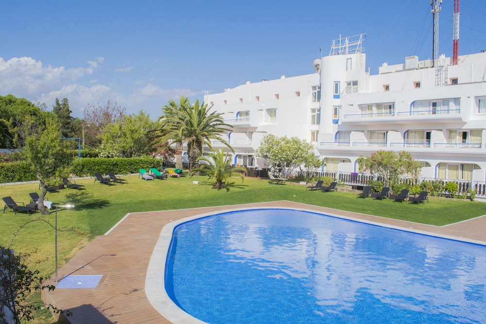 Carvoeiro Hotel