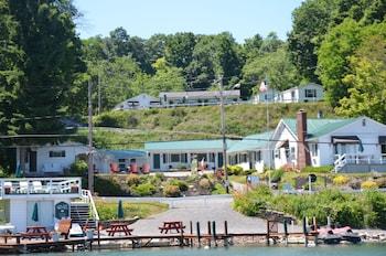 Lake View Motel