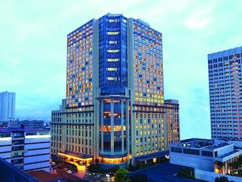 New World Manila Bay Hotel Manila Hotel Front