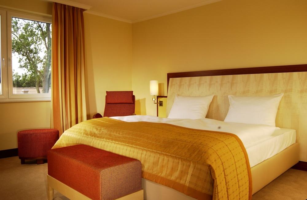 Best Western Premier Castanea Resort Hotel Luneburg Price Address Reviews