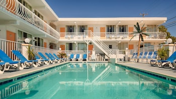 Daytona Inn And Suites in Wildwood, New Jersey