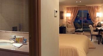 Plaza Resort Hotel - Bathroom  - #0